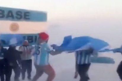Hasta en la Antártida han celebrado los argentinos el pase de su selección a octavos en el Mundial