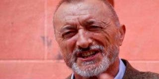Arturo Pérez-Reverte corrige por Twitter las faltas de ortografía del nuevo Ministerio del Interior