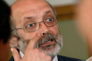 Pedro Sánchez y  los progresistas mantienen al peor director General que tuvo la Institución más valorada.