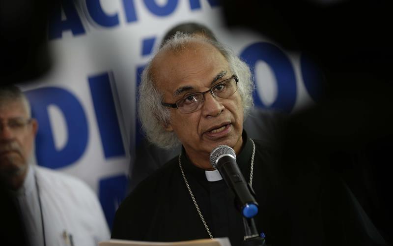 Daniel Ortega pide tiempo a los obispos para estudiar su propuesta y retomar la mesa de diálogo