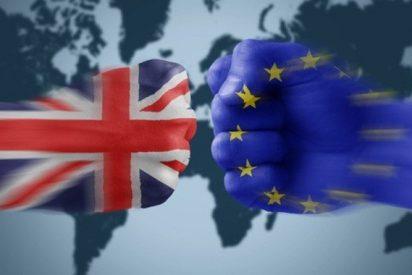 Brexit: Los europeos que residen en Reino Unido tendrán que pagar 73 euros para quedarse