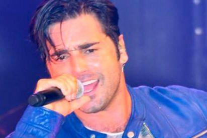 David Bustamante recuerda que lleva más años cantando que bailando