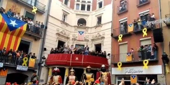 El vídeo que muestra cómo la estética nazi se apodera de Cataluña