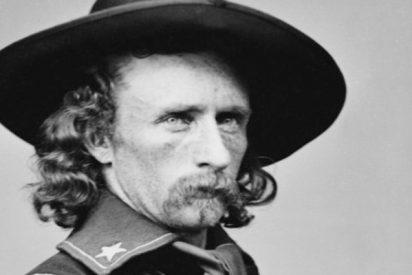 Subastan por 12.500 dólares un mechón de pelo del general Custer