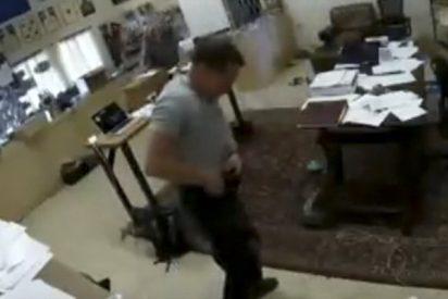 Este hombre se dispara en la ingle por accidente con una pistola Glock 43