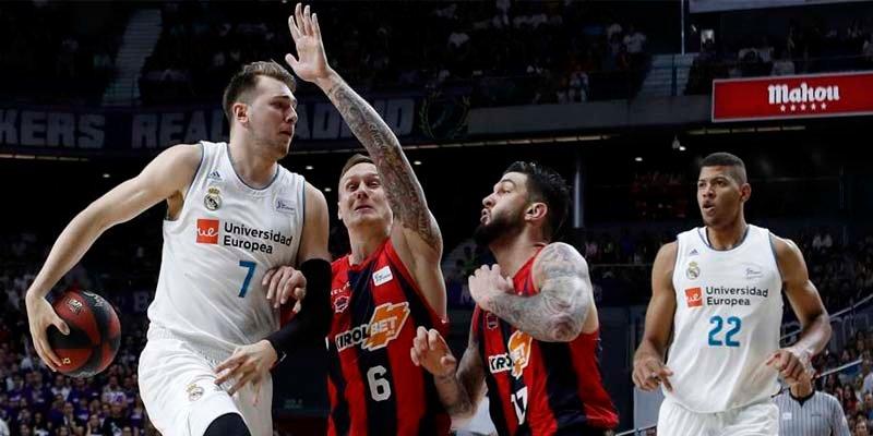 El Real Madrid se levanta de la lona, arrolla al Baskonia y revive la final ACB (98-91)