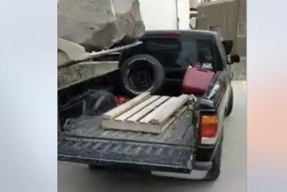¿Crees que este coche aguantará el peso de esta enorme roca?