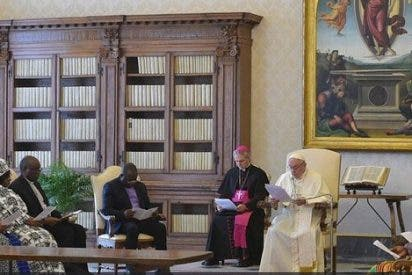 Francisco pide ayudas para África y que se ponga fin a las guerras que la asolan