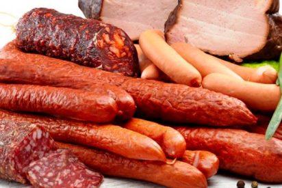 Comer carne procesada empeora nuestra función física