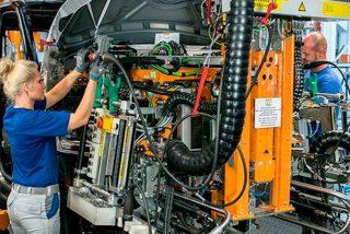 ¿Sabías que el coche eléctrico podría poner en riesgo 75.000 empleos en Alemania?
