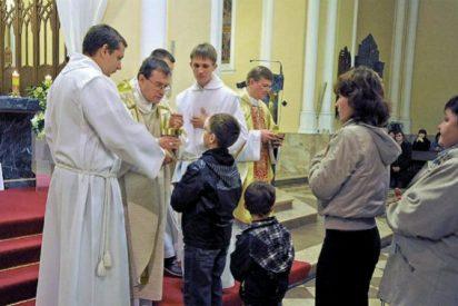 La lucha de los católicos rusos para que el Estado les devuelva sus iglesias robadas
