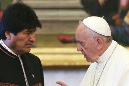 """Francisco insta a Evo Morales a """"trabajar por un mundo de solidaridad y paz"""""""
