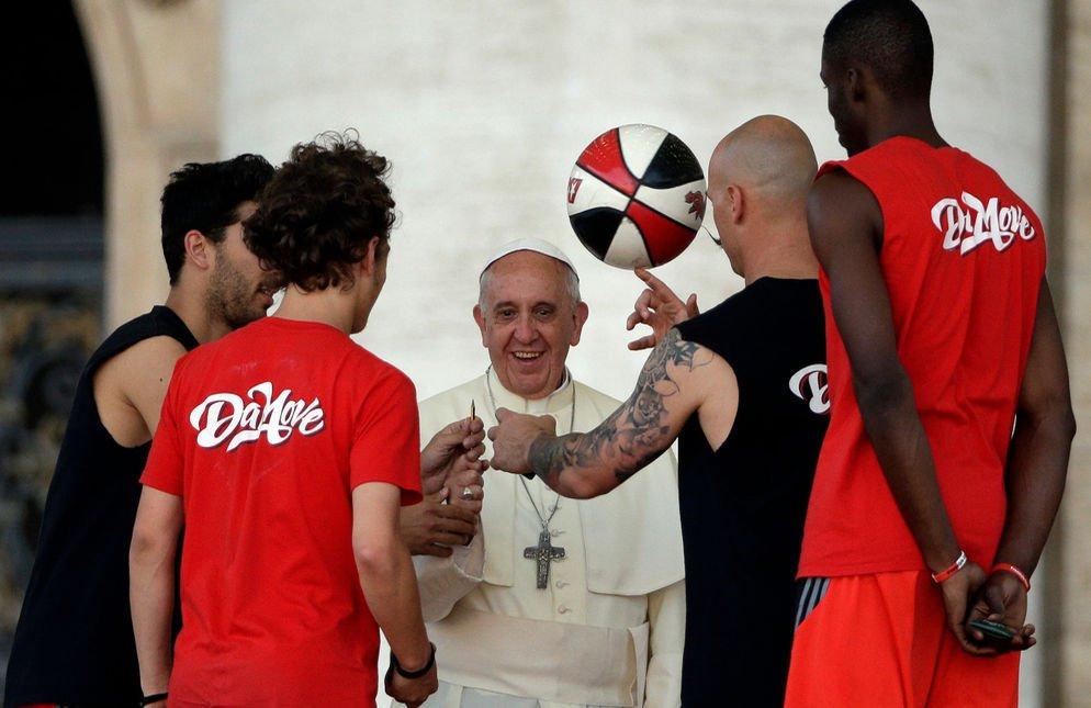 El Vaticano arremete contra el dopaje, la corrupción y los sobornos en el mundo del deporte