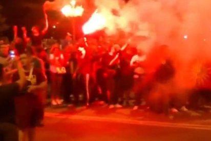 La Policía lanza gases lacrimógenos y granadas aturdidoras en una protesta en Macedonia