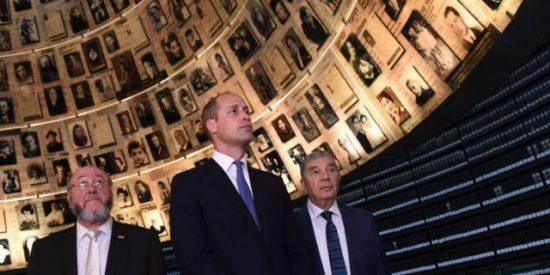 """El príncipe Guillermo viaja a Tierra Santa para """"favorecer la paz en la región"""""""