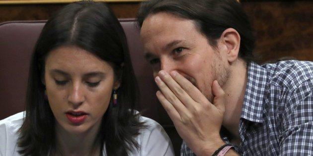 Así mentía el trilero de Pablo Iglesias sobre el referéndum en Cataluña antes de ser el recadero de Sánchez