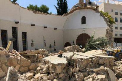 El derrumbe del techo y muros de una iglesia que pudo acabar en tragedia