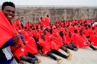 Llegan otros 600 'sinpapeles' remitidos desde Marruecos, mientras el 'Aquarius' se acerca a Valencia