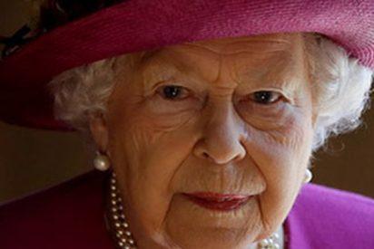 """Se disparan todas las alarmas: La reina Isabel II cancela un acto porque """"no se siente bien"""""""