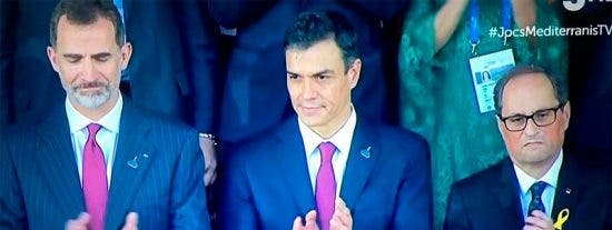 El fanático Torra aplaude el himno de España en los Juegos del Mediterráneo y es abucheado por decir gilipolleces