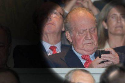 La visita secreta de don Juan Carlos el día en que Urdangarin rezaba el rosario en su celda
