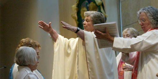 ¿Qué diaconado femenino?