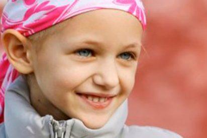 Donan a la Fundación Unoentrecienmil 6.012,35 euros para concienciar sobre la leucemia infantil