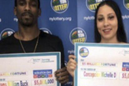Este hombre compró lotería para cambiar un billete de 100 dólares y ganó un premio gordo