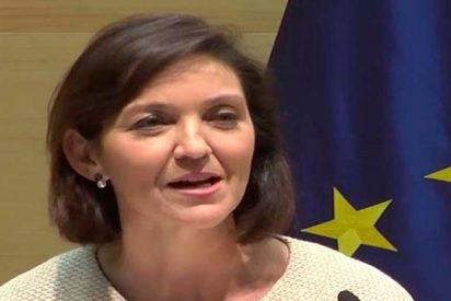 ¿Sabías que la ministra de Industria, que critica los fondos privados de pensiones, tiene uno de 42.000 €?