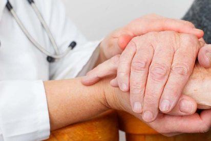 Padre Angel reconocido como la 'Personalidad Socio-sanitaria del Año' por NeumoMadrid