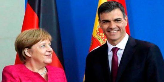 Merkel se la mete doblada a Sanchez que acepta traerse a España los refugiados que no quiera Alemania