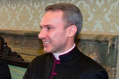 El Vaticano procesará a un sacerdote por posesión de pornografía infantil