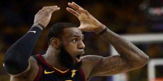 NBA: los Warriors golpean primero en la final, vencen a los Cavs en la prórroga y se ponen 1-0