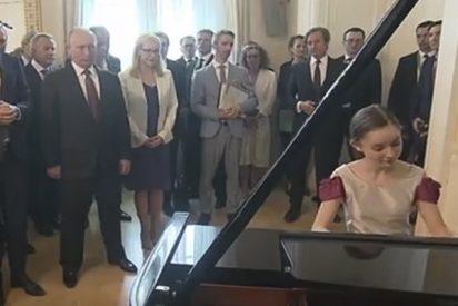 Esta niña prodigio del piano deja a Putin con la boca abierta durante su visita a Austria
