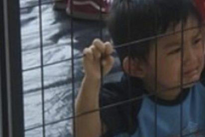 Esta foto viral de un niño 'enjaulado' por el servicio de inmigración de EE.UU. no es lo que parece