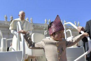 """""""¿Cuántas cosas bellas hizo Dios por tí?"""", pregunta el Papa a los fieles"""
