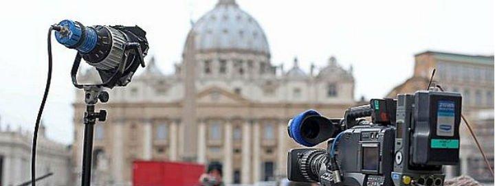 """""""Ir con la verdad, valientes y proféticos"""": las claves del Papa a los periodistas"""