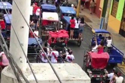A lo 'Mad Max' por las calles de Perú, saturadas por el partido contra Francia