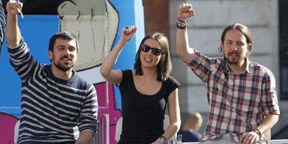 Los podemitas salen en tromba como moscas a decir todos la misma bobada sobre el adiós de Rajoy