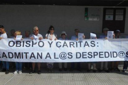 Histórica concentración pública para protestar contra el obispo de Cádiz