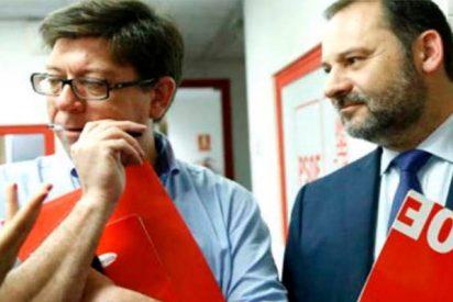 Este asesor de Sánchez en La Moncloa cobró tres meses del Ayuntamiento de Dos Hermanas sin trabajar
