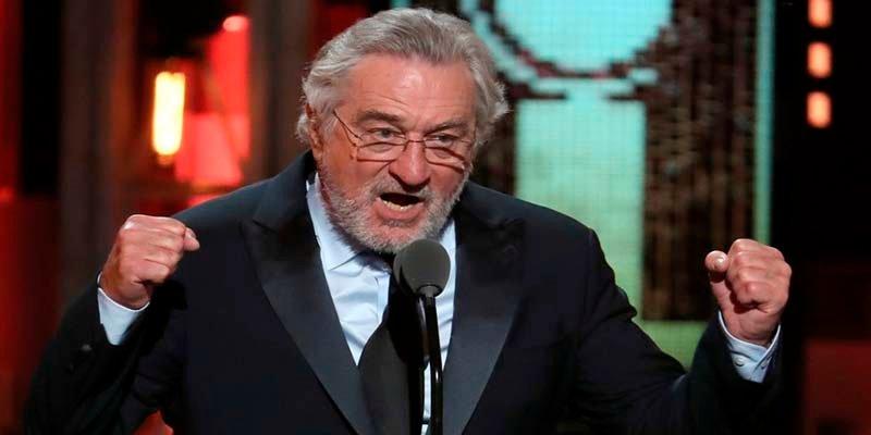 """Trump llama loco a Robert de Niro tras el """"que le jodan a Trump"""" de los Tony"""