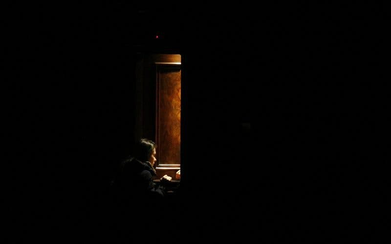 Australia obligará a los curas a romper el secreto de confesión en casos de abusos de niños
