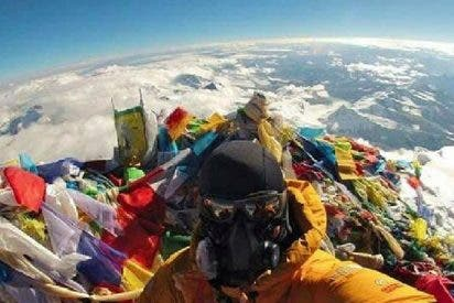 El selfie que desmonta definitivamente a los seguidores de la Sociedad de la Tierra Plana
