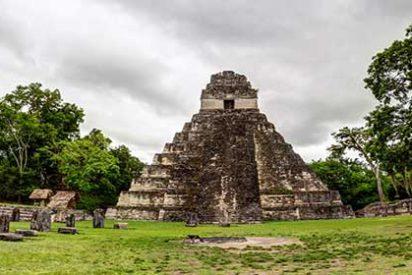 Petén: Aventura en el Mundo Maya