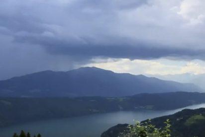 Este 'tsunami caído del cielo' impresiona a los internautas