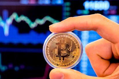El bitcóin sube y cotiza ya en torno a los 7.600 dólares