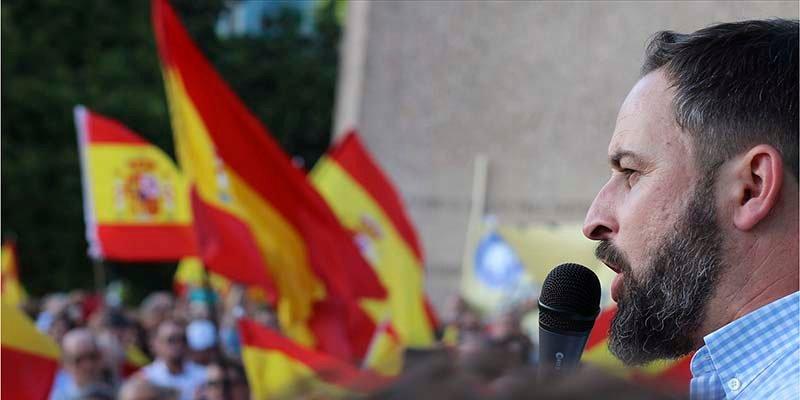 VOX reúne en la Plaza de Colón a más de 6.000 personas para exigir elecciones ya en España