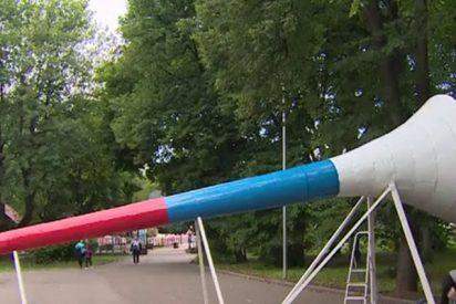 Instalan en Moscú una vuvuzela gigante con tecnología acústica para animar en el Mundial