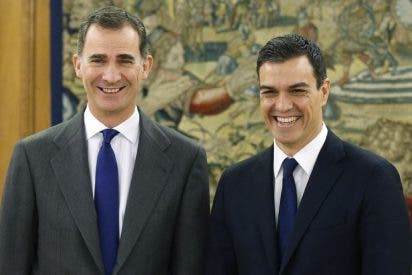 Alerta roja en Zarzuela por la traicionera faena de Pedro Sánchez al rey Felipe VI